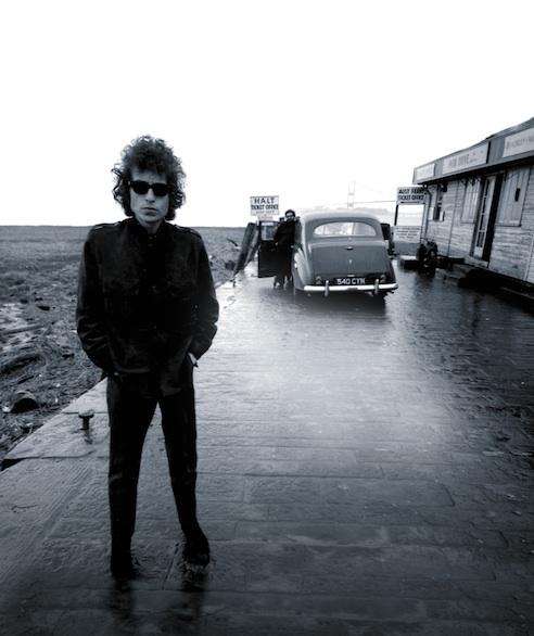 Amaral En El Homenaje A Dylan En Su Cumpleaños En El Círculo De Bellas Artes De Madrid
