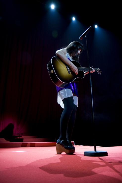 Radio 3: Sorteo De Entradas Y Retransmisión Del Concierto Del 20 De Octubre En El Circo Price